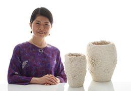 Hitomi Hosono, vasos cerámicos inspirados en la arboleda